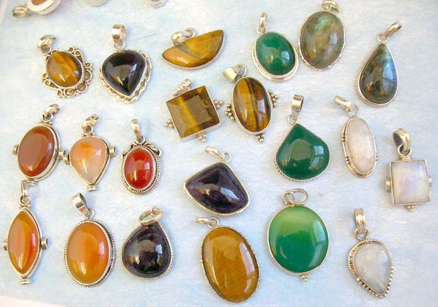 Sterling silver jewelry wholesale lots online assorted tiger eye free sterling silver jewelry wholesale lots online assorted tiger eye green onyx amber labradorite moon lapis gemstone mozeypictures Gallery