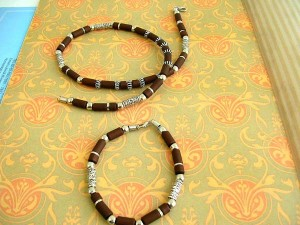 bracelet-necklaces-set, wholesale hemp necklace, wholesale bead necklace