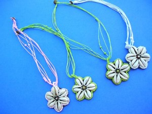 wholesale necklaces. Starfish designed shell pendant on bali bali beaded necklace.