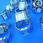Wholesale Fashion Watches. Ladies evening wear bangle bracelet fashion watch with trendy cz gems.