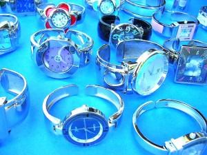 watch wholesale. Ladies evening wear bangle bracelet fashion watch with trendy cz gems.