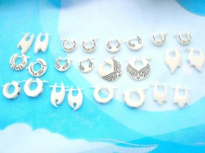 organics jewelry. assorted bone earrings, randomly picked by our staffs.