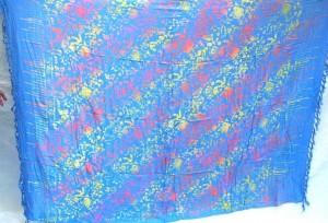 Sarong distributor. Bali double process sarong floral blue.
