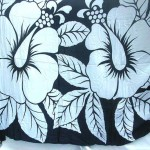 womens wholesale sarongs. black and whtie Hawaiian long sarong with large hibiscus flowers