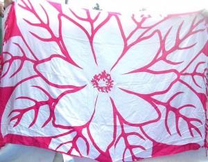 wholesale sarongs apparel. huge flower pink white sarong.