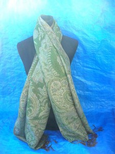 pashmina shawls, wraps. gold-metallic-pashmina-shawl.