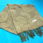 pashmina wool cashmere products. gold-paisley-wool-shawl.
