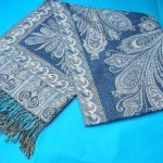 china shawl exporter. gold-thread-embroidery-shawl.