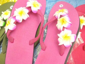 wholesale beaded sandal. assorted colors rubber sandal with three foam plumeria flowers.