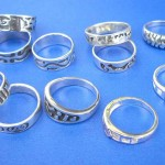 wholesale silver rings. Black etch-in pattern sterling silver ring, randomly picked by our warehouse staffs.