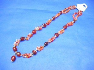 genuine agate gemstone chips and beads necklace