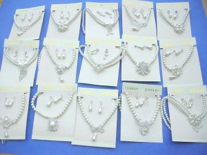 faux pearl cz pendant necklace and earring jewelry set