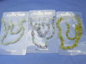 genuine gemstone chip earring, bracelet and necklace set