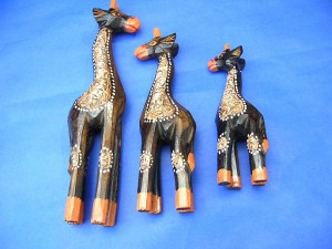 Babi handicraft wooden giraffe set