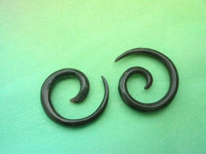 Black Buffalo Hone Spiral Taper Ear Stretcher
