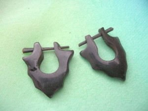 polished buffalo horn pin earring carved leaf tribal design