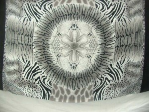black and white sarong animal skin print circle in middle
