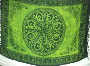Celtic clothing green sarong large circle in center