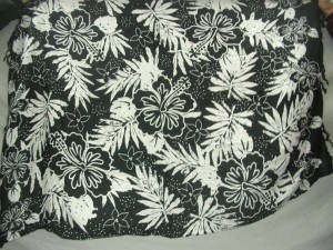 Aloha hawaiian black and white hibiscus floral kanga