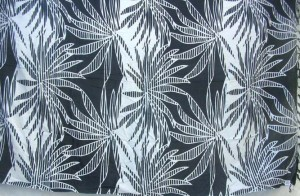 black and white large daisly flower sarong