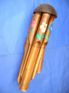 medium size flower painting bamboo wind chime made in Bali Indonesia 17 to 18 inches long from top coconut to end of the longest bamboo pipe