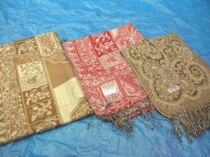pashmina stole garment accessories, 55% pashmina and 45% silk blended or 100% pashmina
