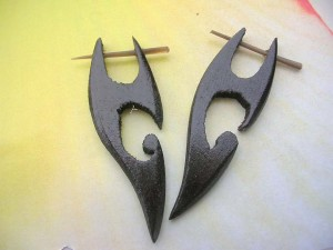 Carved Sono Wood Pin Earrings