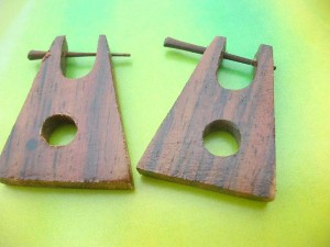 pin wood earlets