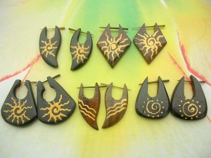 assorted design painted stick earrings with painting designs, assorted randomly picked by our staffs