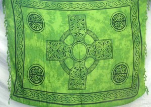 green Celtic cross (The Irish Cross, The Irish High Cross) rayon sarong