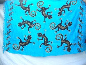 blue sarong with geckos