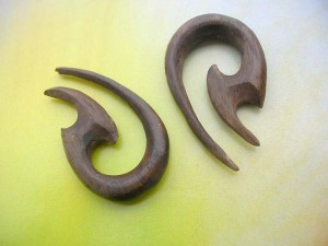 ear stretching jewellery wooden expander