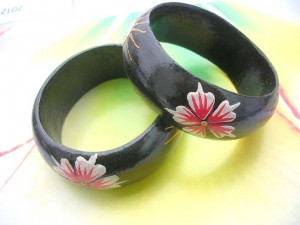 wide Bali floral painted wooden bangle, assorted colors of flowers