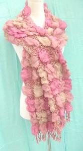 bumpy-bubble-scarf-shawl-01f