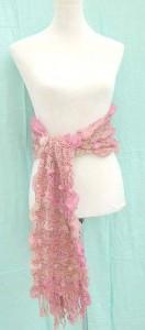 bumpy-bubble-scarf-shawl-01i
