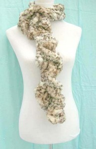 faux-animal-fur-scarf-1c-fuzzy-neckwarmers