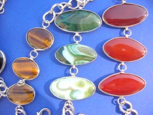 fashion bracelets made of gunuine Brazil gemstones, agate stones gemstone size around 0.75 inches by 1.25 to 1.5 inches