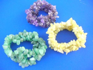 green agate stone, yellow agate stone and amethyst gemstone chips stretchy woven bracelets