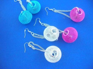 hollow balls dangling earring