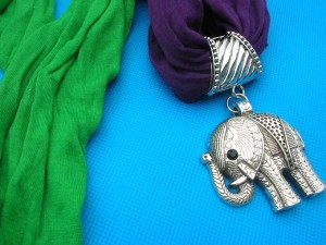 jewelry-scarf-necklace-7c-elephant-pendant-charm