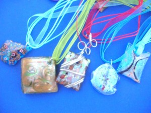 lampwork-murano-glass-necklace-1ependant-with-ribbon-cord