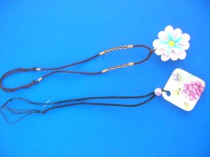 porcelain-pendant-necklaces-1a