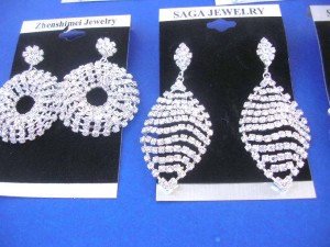 rhinestone-dangle-studs-earrings-1b
