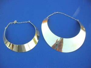 mixed silver and light gold tone Roman design neck cuff chokers