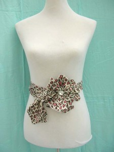 satin-neck-scarf-belt-corsage-1e