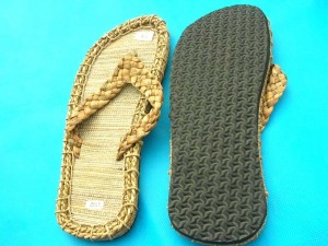 straw rubber men's sandal, natural straw color