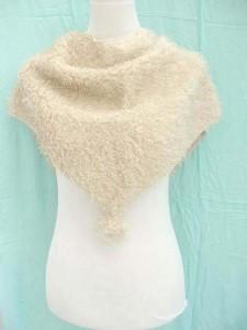 triangle-acrylic-fuzzy-scarf-1c