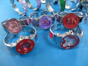 enamel-bangle-watches-1d