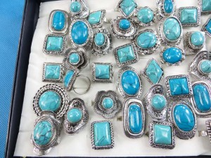 antique vintage style genuine turquoise gemstone rings adjustable size, assorted designs randomly picked by our warehouse staffs