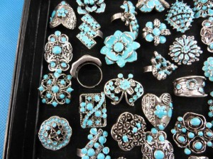 turquoise color enamel vintage antique retro costume jewelry rings adjustable size, assorted designs randomly picked by our warehouse staffs